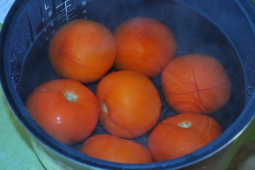 Первое блюдо: Томатный суп с фрикадельками