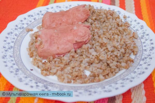 Вторые блюда: Гречневая каша с сосисками в мультиварке