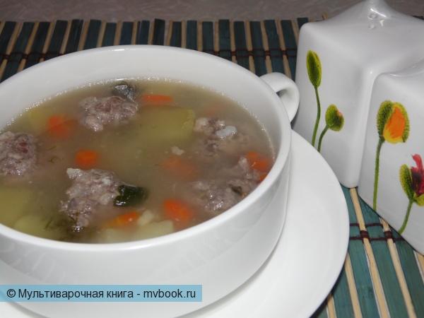Первое блюдо: Легкий суп с говяжьими фрикадельками