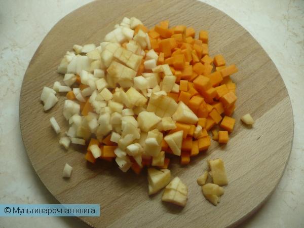 Каши: Рисовая молочная каша с тыквой и яблоком