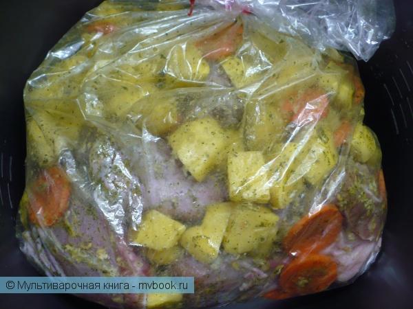 Вторые блюда: Куриные ножки с овощами в рукаве в мультиварке