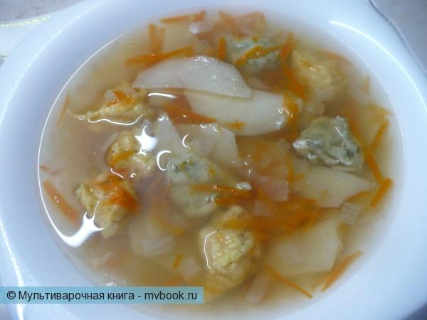 Суп с цветными клецками в мультиварке