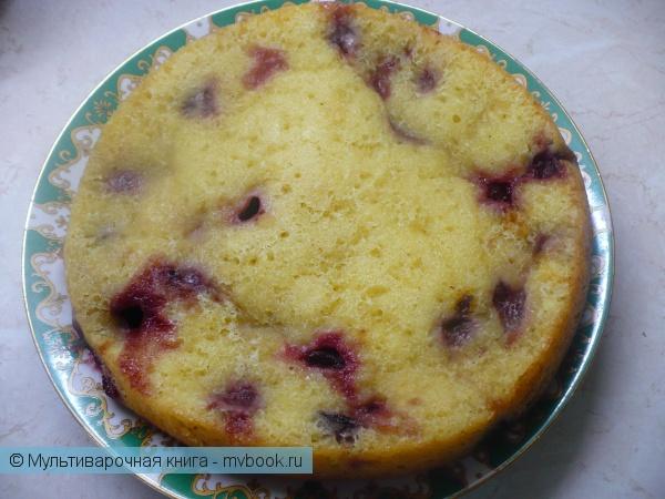Творожный кекс с ягодами в мультиварке