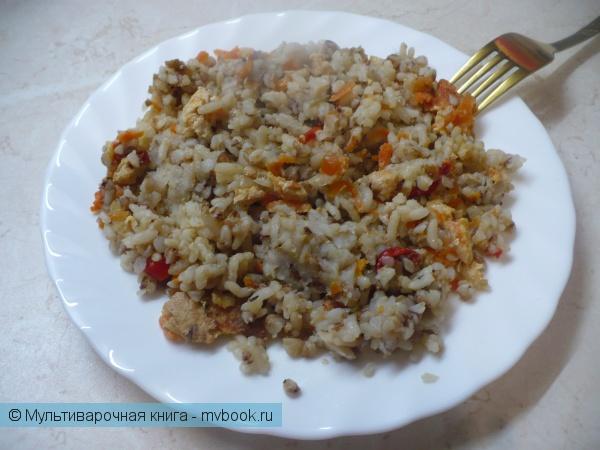Рисово-гречневая каша с мясом в мультиварке