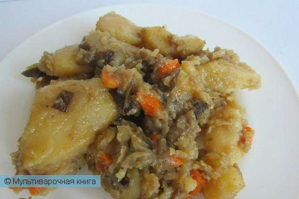 Вторые блюда: Тушеная картошка с баклажанами