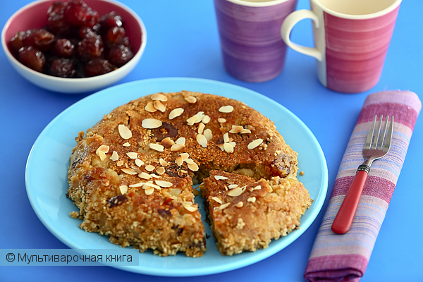 Детское меню: Геркулесовый пирог с яблоками и финиками