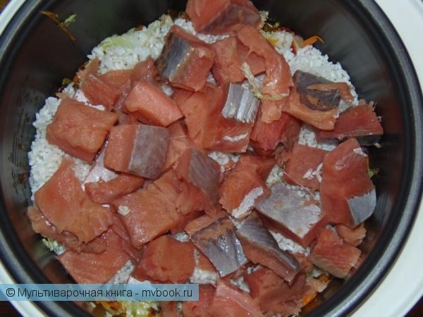 Вторые блюда: Рис с рыбой и пекинской капустой