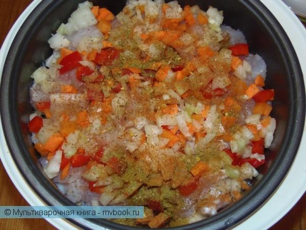 Вторые блюда: Пангасиус с овощами