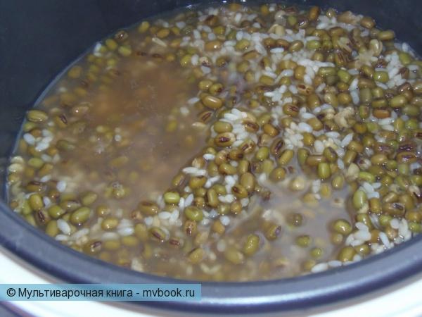Добавить рис и воду