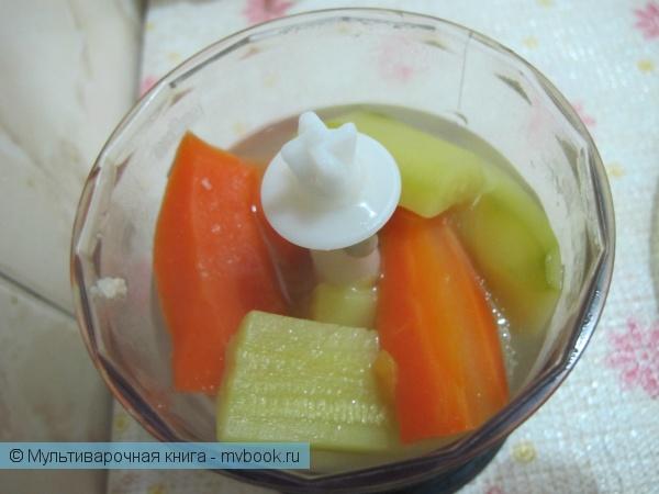 Детское меню: Суп-пюре с курицей, кабачком и морковкой