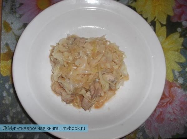 Вторые блюда: Тушеная капуста со свиными ребрышками