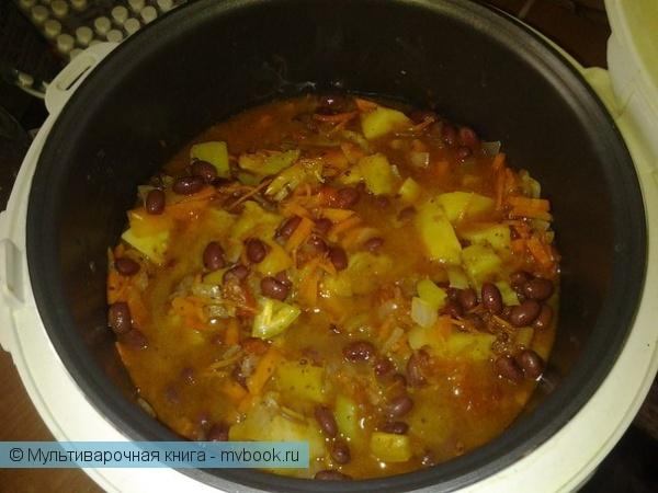 Вторые блюда: Картофельнофасолевое рагу