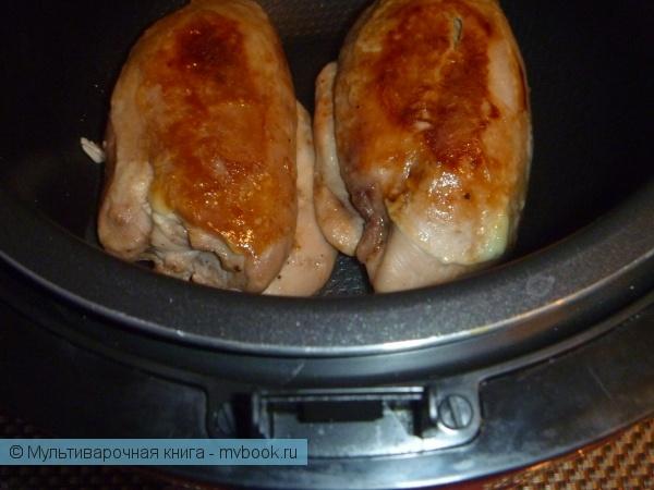 Вторые блюда: Куриные рулетики с острой начинкой.