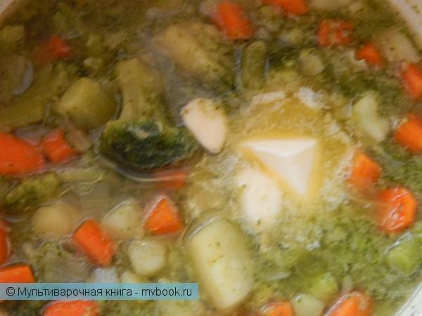 Первое блюдо: Овощной суп-пюре диетический с сухариками