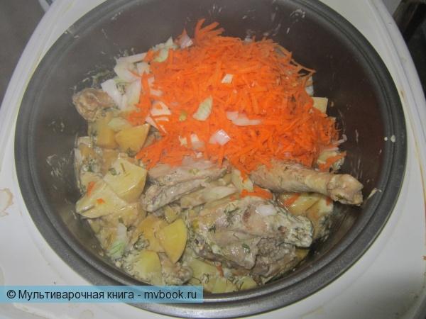 тушим картофель, лук, морковь