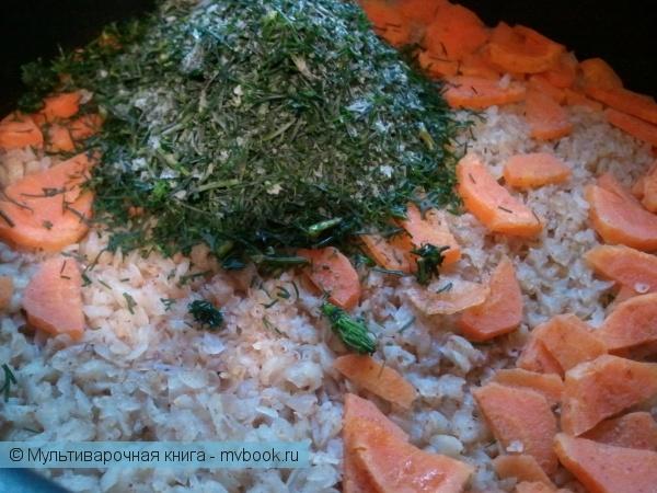 Каши: Гречневые хлопья с зеленью и морковкой