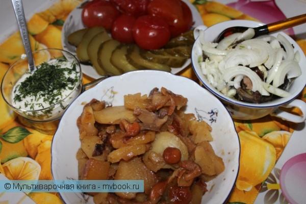 Вторые блюда: Картошечка с лучком и грибами