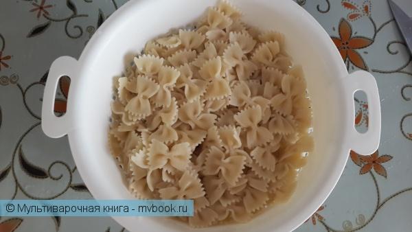 Вторые блюда: Макароны с фаршем и грибами