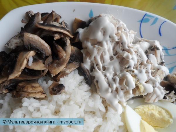Вторые блюда: Куриное филе с шампиньонами на пару