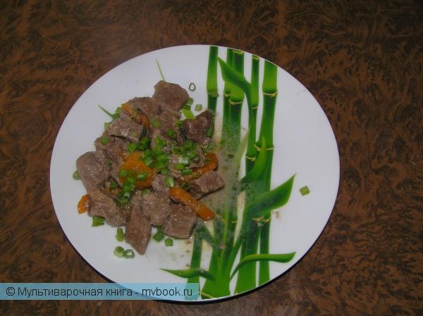 Вторые блюда: Телятина в сметанно-чесночном соусе