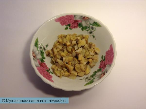 Блог им. AnnAmeli: Селянка с белыми грибами, красной фасолью, ветчиной и сметанной заправкой
